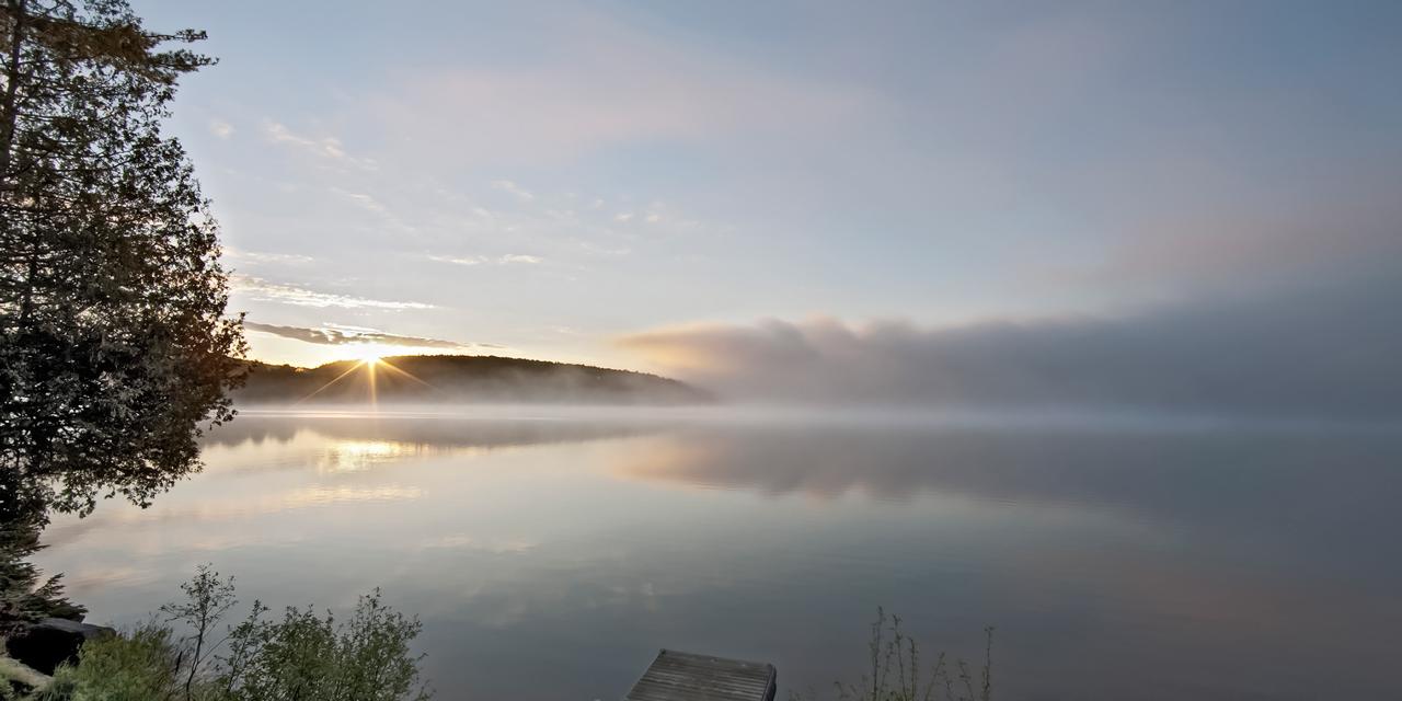 spring dawn sunrise algoquin accommodations