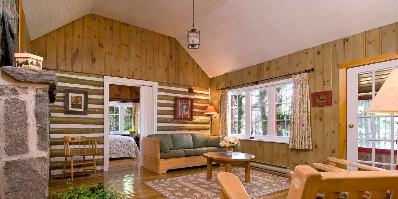 cabin sitting room luxury accommodations in algonquin park