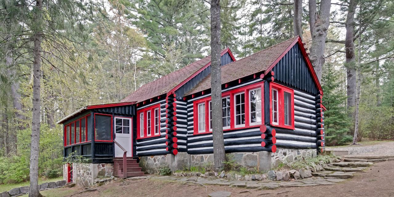 cottage-crowe-three-bedroom-cabin